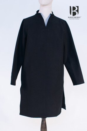 Long and wide Vikng Tunic Ekwin by Burgschneider